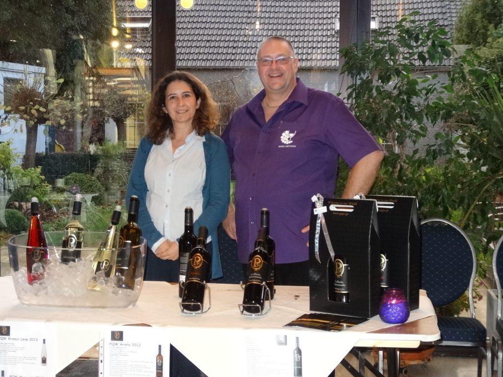 Carla Pinheiro bij degustatie portugese wijnen